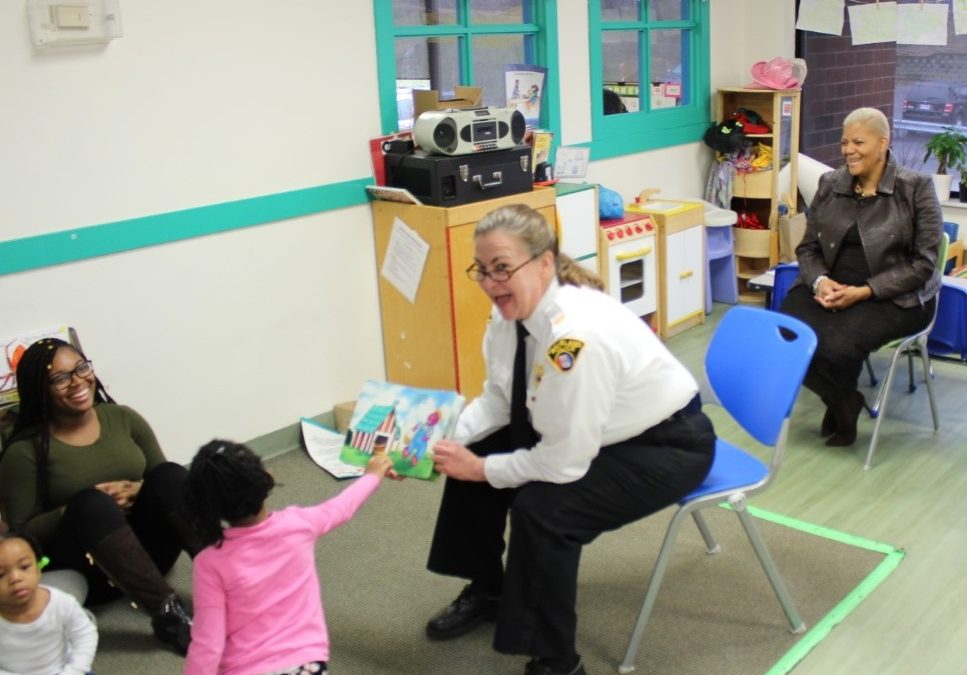 Friendship through Reading brings Cleveland Police Commanders to Head Start Center